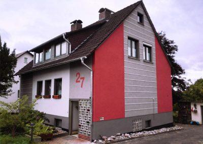 rot graue Fassade